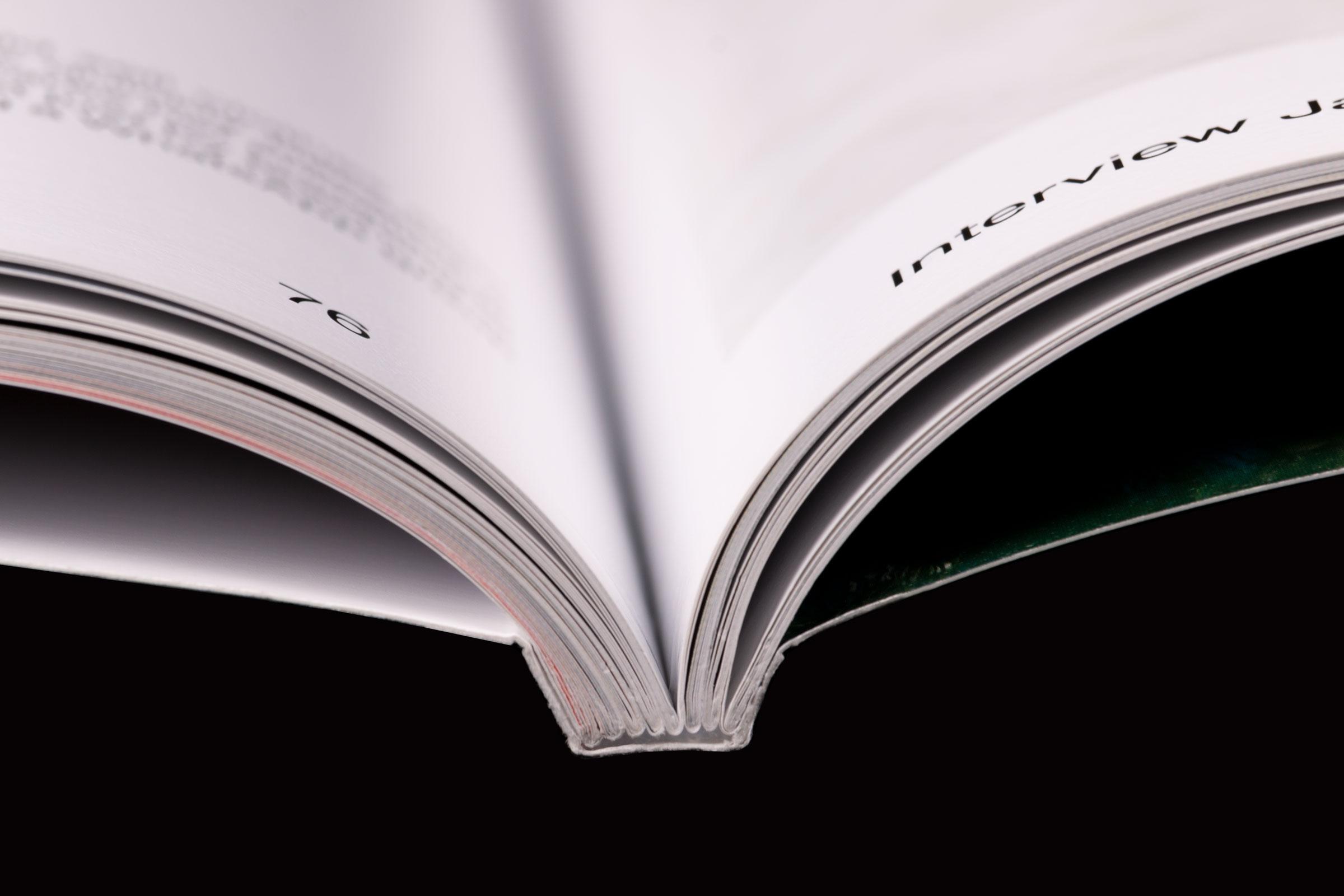 Revista Collection Issue enquadernació rústica cosida